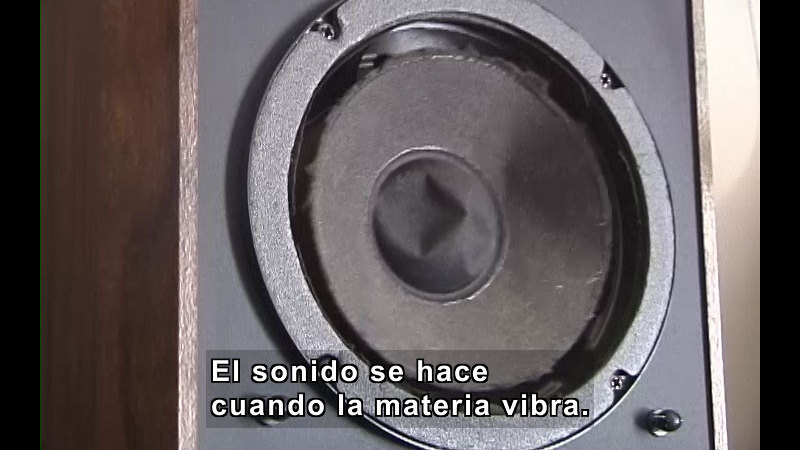Still image from What Is Sound? (Spanish)