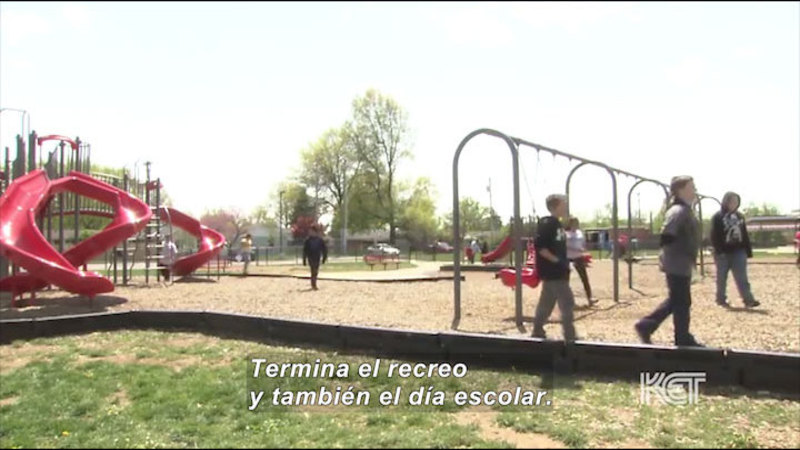 Still image from: Welcome to Our School (Spanish)