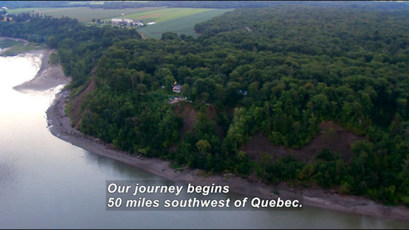 Still image from: Quebec: Sites for Your Eyes