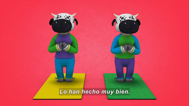 Still image from Ooommm Mmmooo Yoga For Children: Inseparable Pati & Ani--Team Players (Spanish)