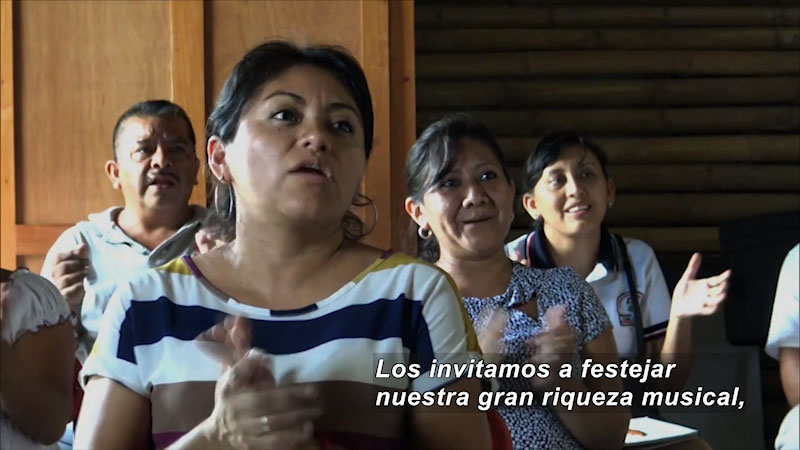 Still image from Our Musical Adventure: Tingambato, Michoacán (Spanish)