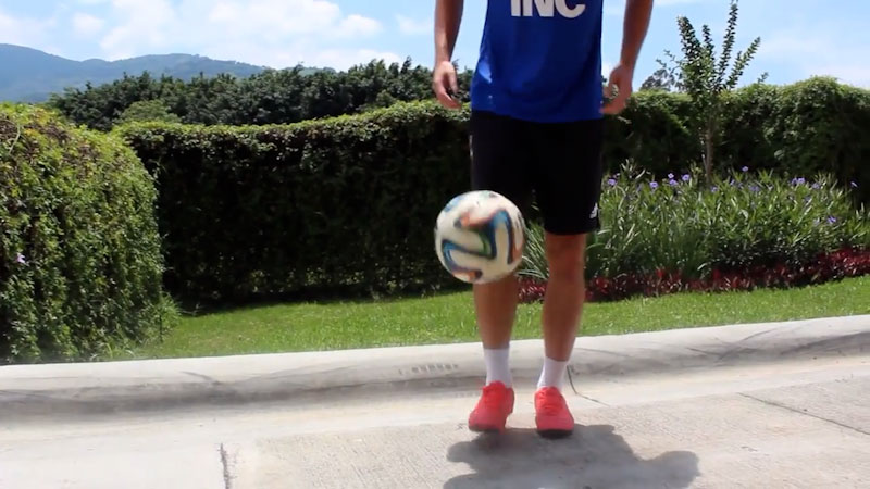 Still image from: How to Juggle a Soccer Ball: Tutorial for Beginners (Part 1)