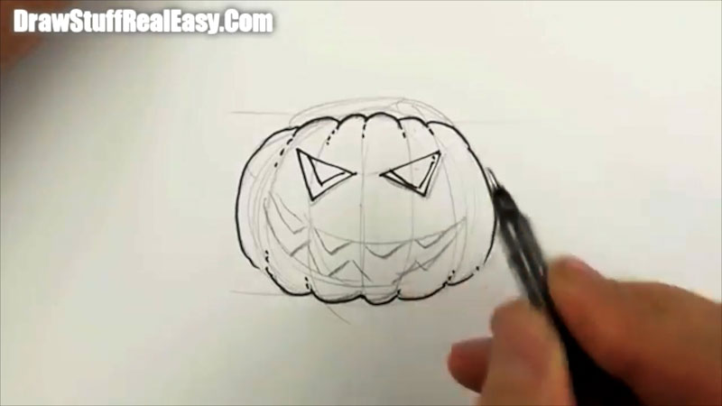 Still image from: How to Draw a Pumpkin Head for Halloween Real Easy