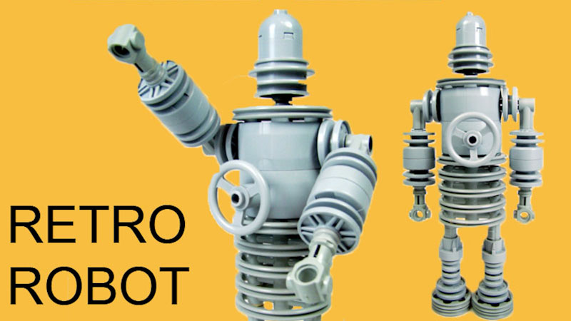 Still image from: How to Build LEGO Retro Robot