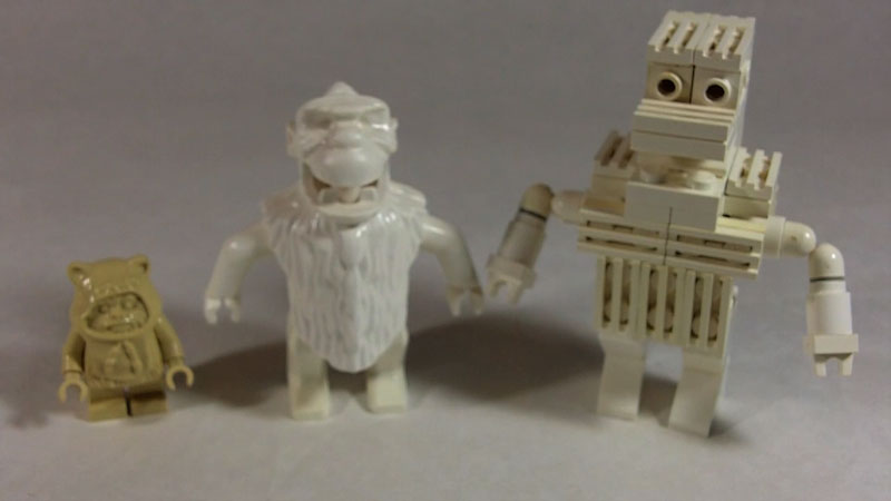 Still image from: How to Build a LEGO Yeti (Snowbearman)