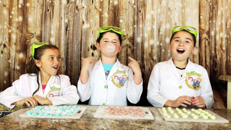 Still image from: How to Make Homemade Bubble Gum