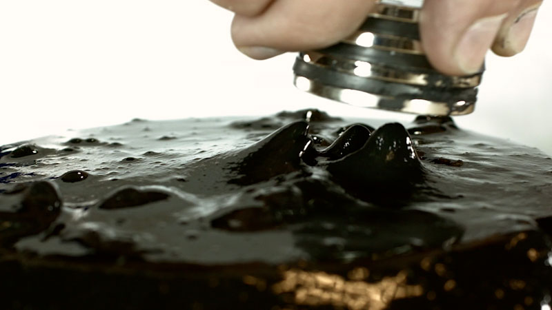 Still image from: Wild Explorers: Magnetic Slime