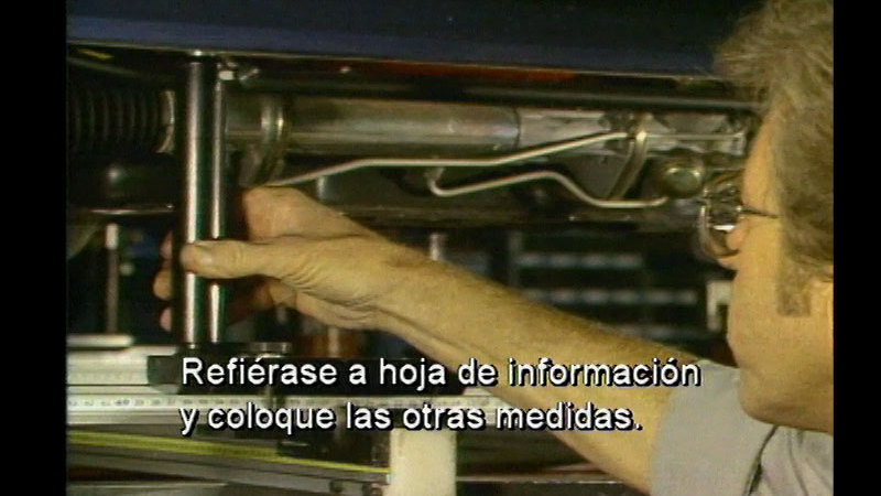 Still image from: Unibody: Measuring Systems (Spanish)