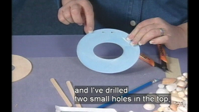 Still image from: Crafting In The USA: Deep South