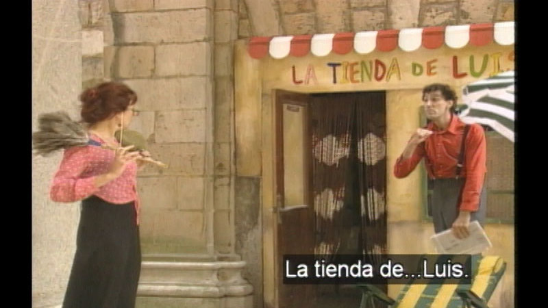 Still image from: Luis' Shop: I Am the Boss (Spanish)