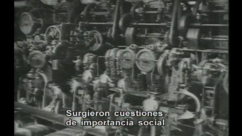 Still image from Industrial Revolution:  The Third American Revolution (Spanish)