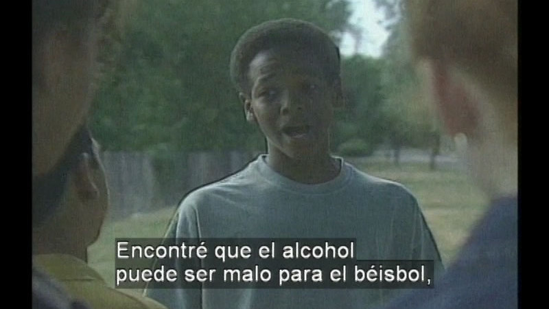 Still image from: Alcohol: What About It? (Spanish)