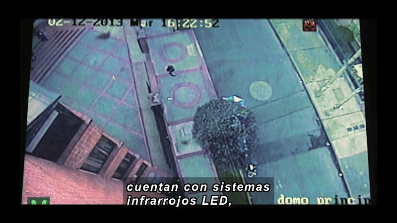Still image from: Science and Technology--Electronic Security (Spanish)