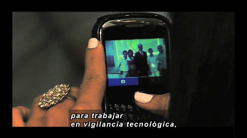 Still image from Science and Technology--Colombia Prospectus 2012 Part 2 (Spanish)