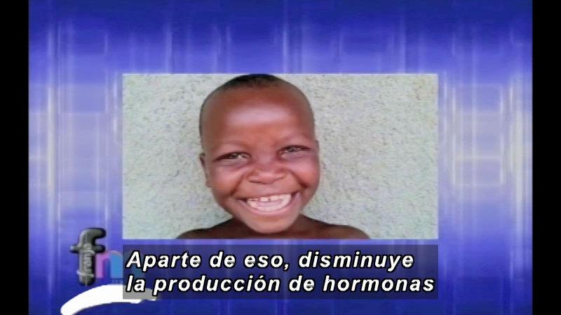 Still image from: Franja Metro: Laughter (Spanish)