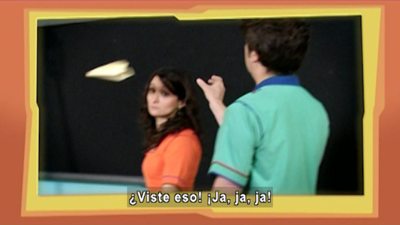 Still image from The House of Science: Rice And Small Paper Plane (Spanish)