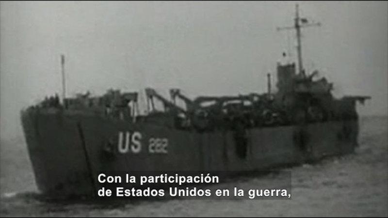 Still image from: Social Studies Video Vocab: World War II (Spanish)