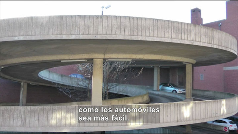 Still image from Science Video Vocab: Inclined Plane (Spanish)