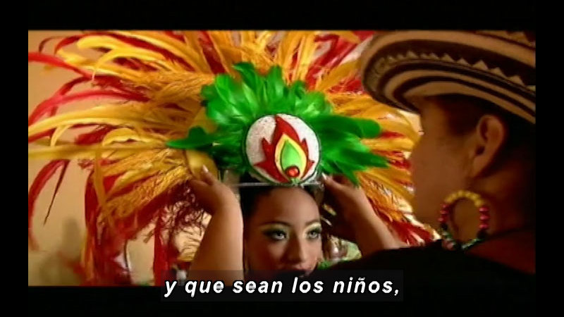 Still image from: Colombia Express: Barranquilla's Carnival (Spanish)