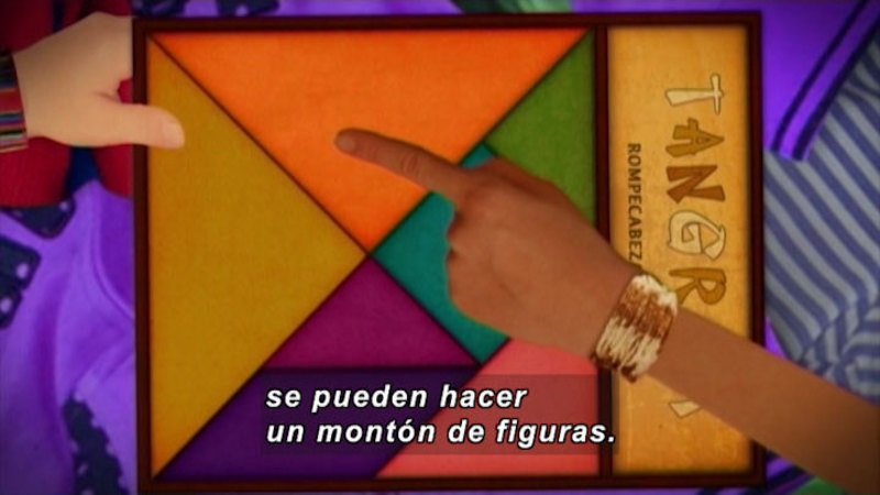 Still image from: Through More Adventures: Chinese Puzzle (Spanish)